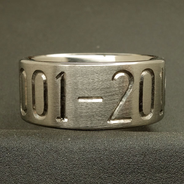 Custom duck band with one line of engraving
